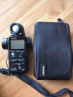 Sekonic L-758 Digital Light Meter - photography