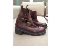 Dr Martens woman leather boots size 8 brown vintage new heel buckle winter shoes