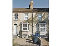 4 bedroom house in Hills Road, Cambridge, CB2 (4 bed)