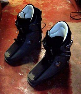 Ski boots -;  mens size 9 TO 10