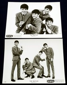 The-Beatles-TWO-VINTAGE-1963-UK-BEATLES-FAN-CLUB-NEMPIX-PHOTOGRAPHS-MINT
