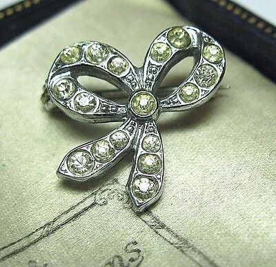 Tiny Vintage ANTIQUE EDWARDIAN Silver Tone Crystal Bow Pin Jewellery BROOCH