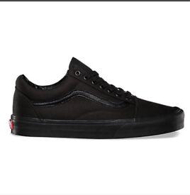 All black canvas OldSkool Vans UK8 *BRAND NEW*