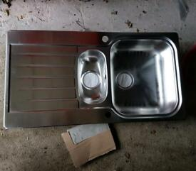Stainless steel sink (bowl & half)