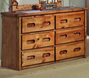 Pine 6 Drawer Dresser in Amber Wash! FREE delivery in Montreal!