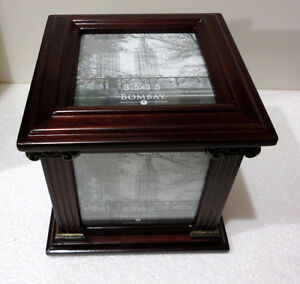 Bombay wooden/glass cube photobox decorative accent London Ontario image 2