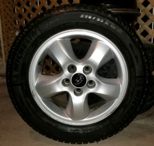 "Hyundai 16"" mags w/ Michelin winter tires in very good condition"