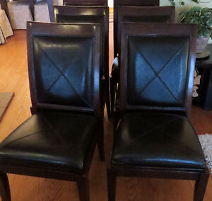 SET OF 6 DINING ROOM CHAIRS :