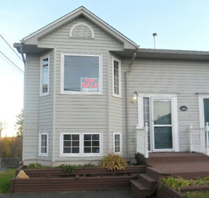 Short term rental: Semi in Timberlea