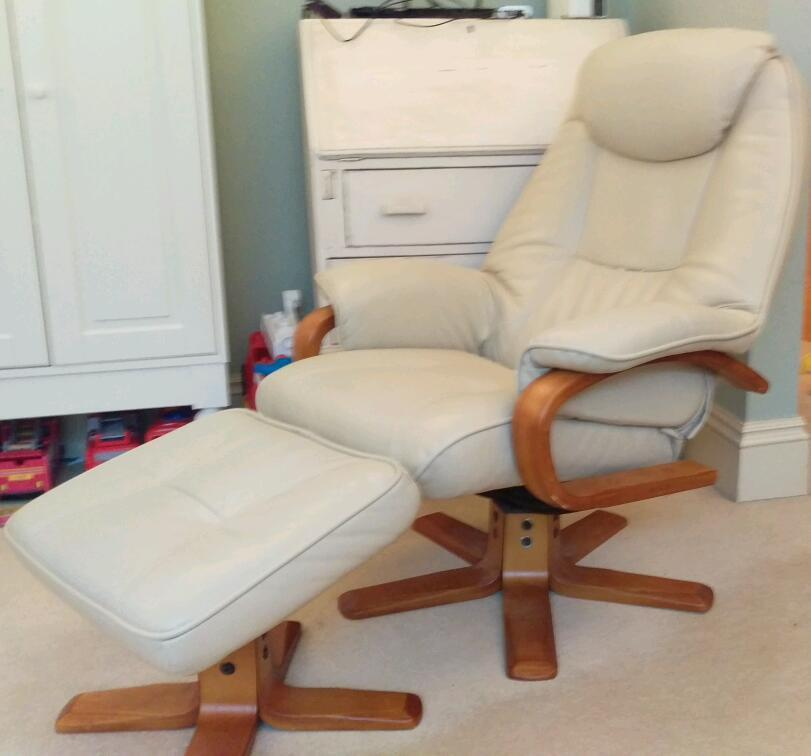 Debenhams bjorn cream bonded leather reclining chair in  : 86 from www.gumtree.com size 811 x 756 jpeg 44kB
