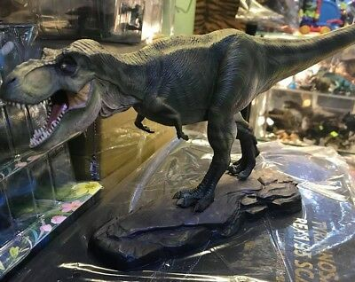 Jurassic Park Male T Rex Dinosaur Finished Model Figurine Statue Scale 1 35