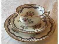 Antique/Vintage Edwardian Aynsley 42 Piece/12 Person Tea Set Ainsley