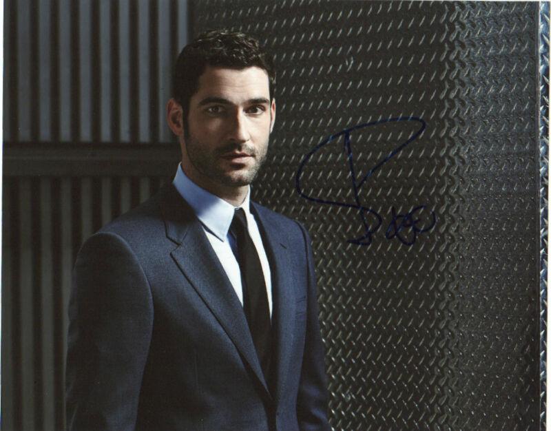 Tom Ellis Lucifer Autographed Signed 8x10 Photo COA