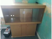 ***PRICE DROP*** Beechwood Vivarium and Stand, UVB bulb, Heat Lamp and built in Thermometer