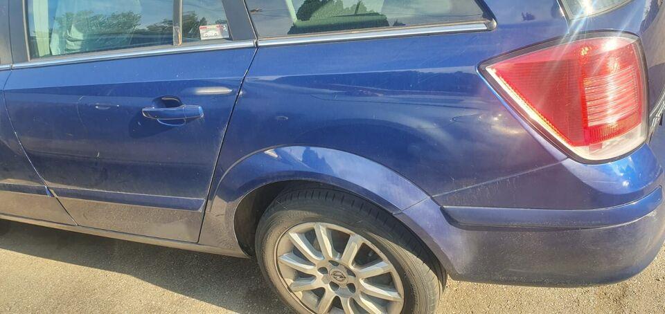 Ersatzteile Opel Astra Motorhaube Heckklappe Außenspiegel Sitze in Schwabmünchen