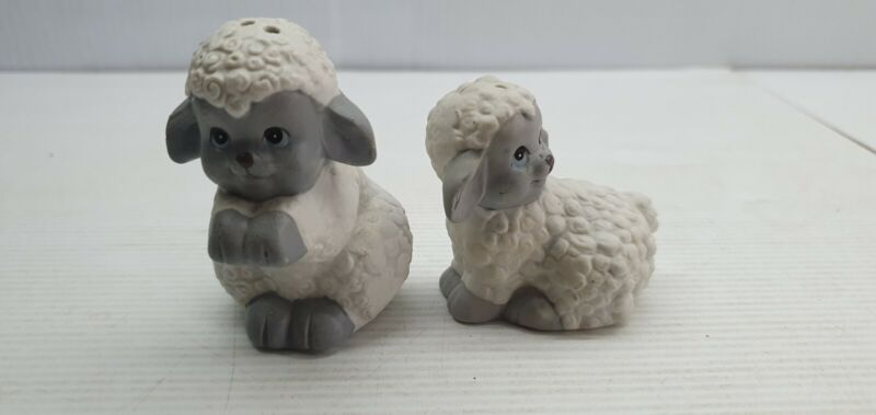 Woolly sheep white retro Vintage Salt and pepper shakers set