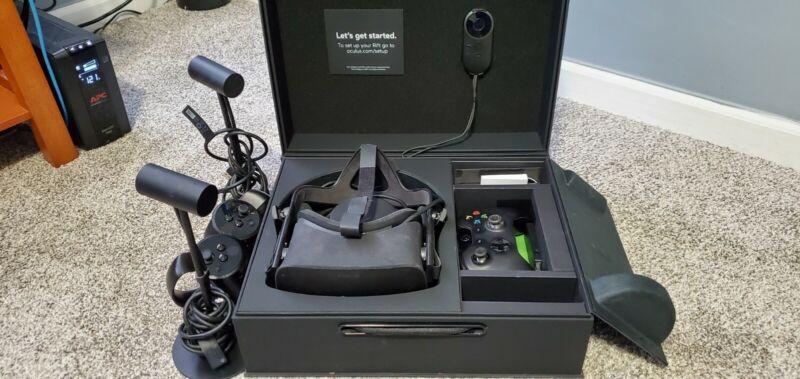 Oculus Rift CV1 VR Headset with Two Sensors plus controller - Black
