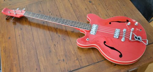 Vintage Baldwin Hollowbody Bass Guitar - Player