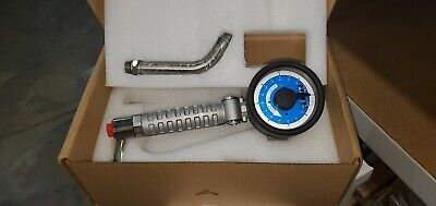 Graco 24v037 Manual Fluid Meter 416 Quart 8 Gpm With Rigid Extension Used