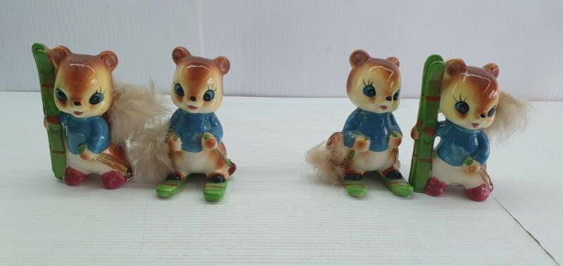 Squirrel playing skiing retro Vintage Salt and pepper shakers set Japan 1 only
