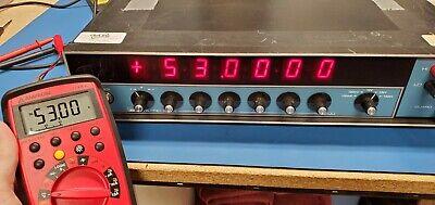 Data Precision 8200 Voltage Calibrator - Calibrated