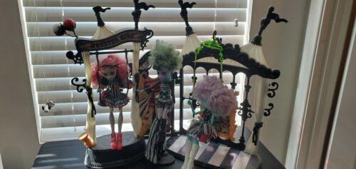 Monster High Doll Lot Freak Du Chic - $53.06