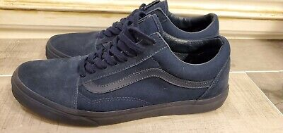 Vans mens 10.5 triple navy blue! Great condition outsole excellent fast shipping
