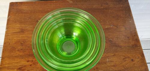 Hazel Atlas Green Depression Uranium 4 Nesting Mixing Bowls