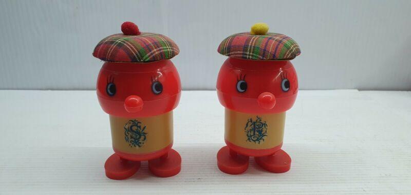 Scotsman scotch tartan hat Vintage Salt and pepper shakers plastic Hong Kong