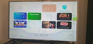 Moded Nintendo wii with over 120 original games