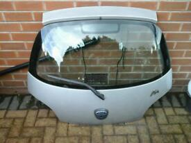 Ford ka silver rear tailgate