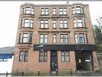 Fully furnished, recently refurbished 2 bed flat for rent in popular Stonelaw Road.