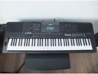 Yamaha PSR EW400 digital keyboard