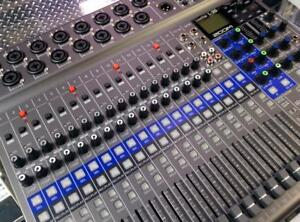 *NEW OPEN BOX* ZOOM LiveTrak L-20 DIGITAL MIXER - EXCELLENT CONDITION, AMAZING PRICE!!! $1150