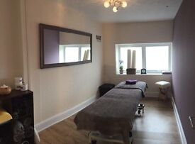 Beautiful Treatment room for rent
