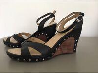Sandals UGG