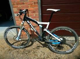 Btwin rockrider 740 full suspension,mountain bike