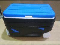 45L roller Esky / Cool box
