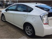 White Toyota Prius - UBER-ready - £90 p/w