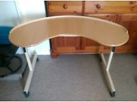 Curved Adjustable Height Desk (Ideal for Disabled)