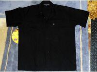 Designer Clothes - Tommy Hilfiger Half Sleeve Shirt Size: Large, Black