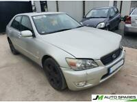 Lexus is200 BREAKING PARTS SPARES ONLY