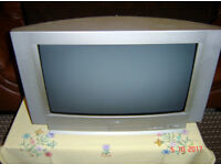 Sanyo 28 inch screen TV model number CE28WN3-B