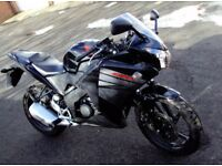 Honda cbr 125 r-f 2016 (66 Plate)in fantastic condition and very low mileage,no longer used