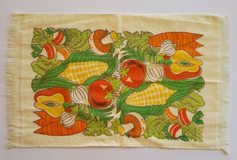Vintage Unused 60s - 70s Vegetable Print Dish Towels