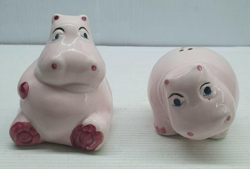 Hippopotamus pink retro Vintage Salt and pepper shakers set hippos