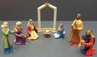 2005 Hallmark Keepsake 9pc Porcelain Nativity Set Joseph Mary Jesus Shepherd