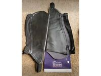 Adults XL shires leather synthetic gaiters