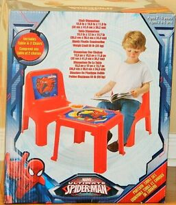 Marvel Ultimate Spider-Man Funtime Table And 2 Chair Set