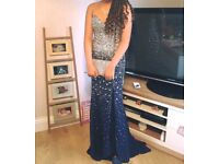 Stunning prom dress for sale. Size 6-8. £170